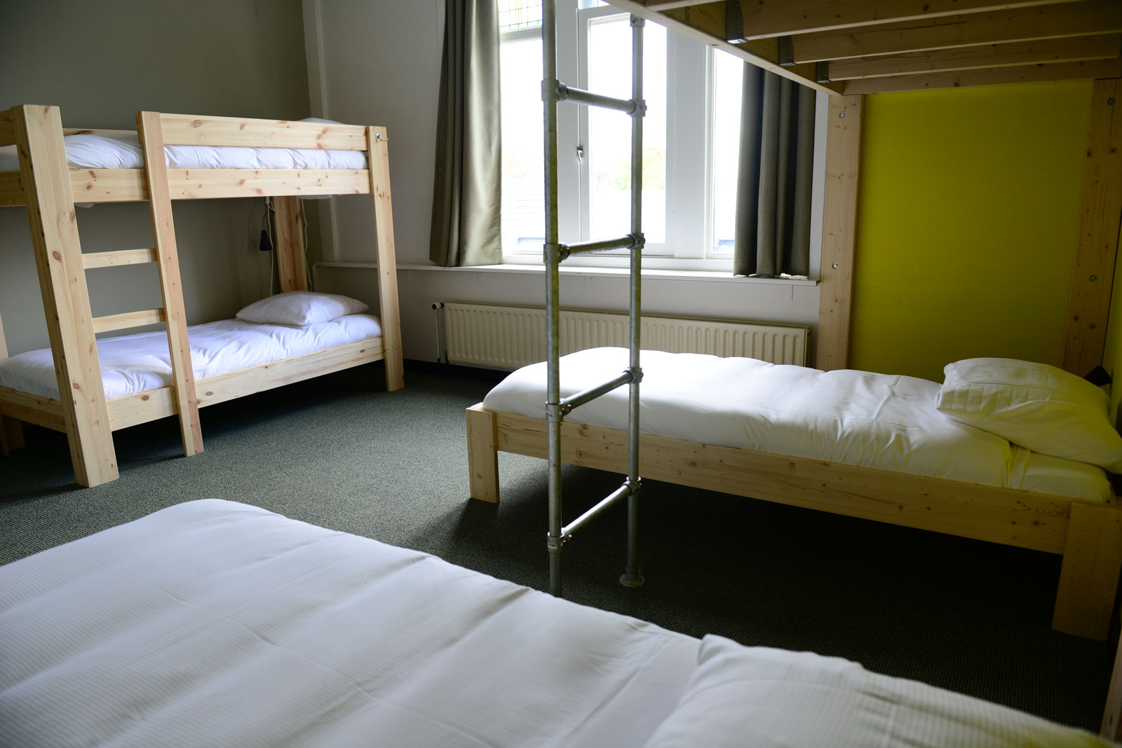 Hostel Roots Tilburg - Standard Shared Rooms - slider 5