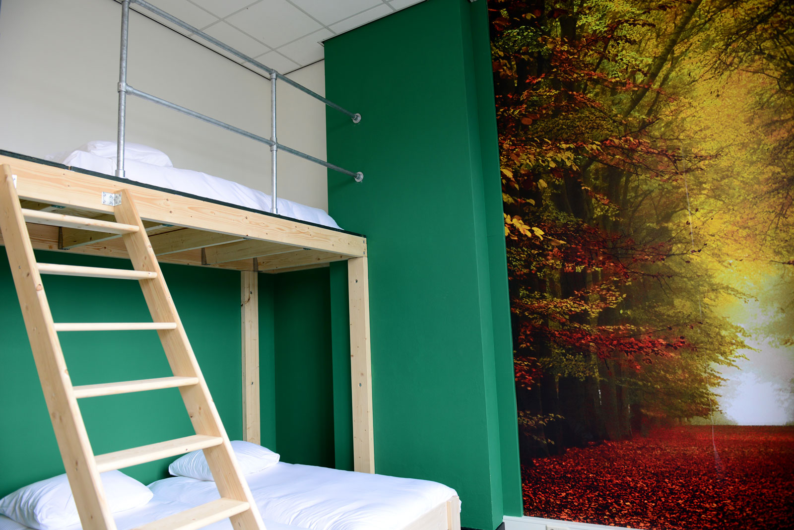 Hostel Roots Tilburg - Superior Private Family Rooms - slider foto 4