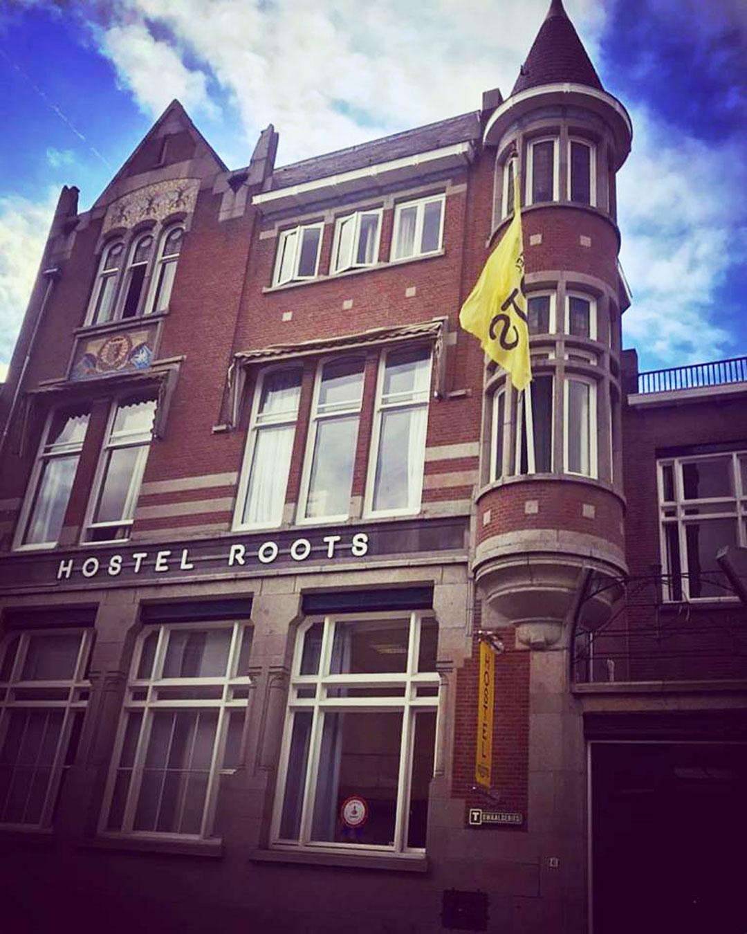 Hostel-roots-Tilburg-CADEAUBON